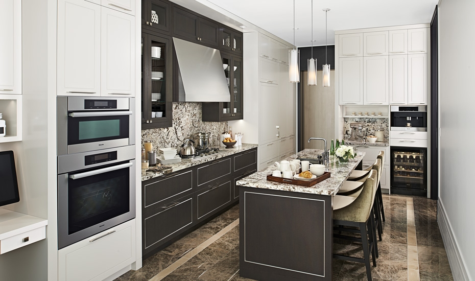 DownsviewKitchenCabinets05